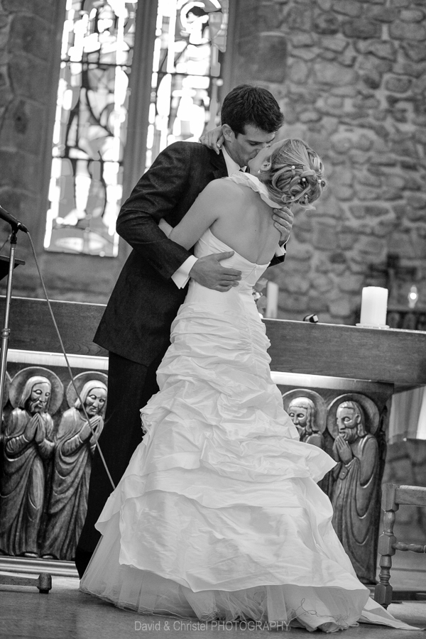 27 mariage eglise de fessy 0016