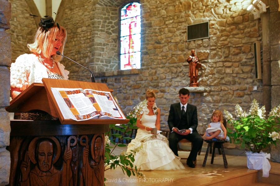 31 mariage eglise de fessy 0020